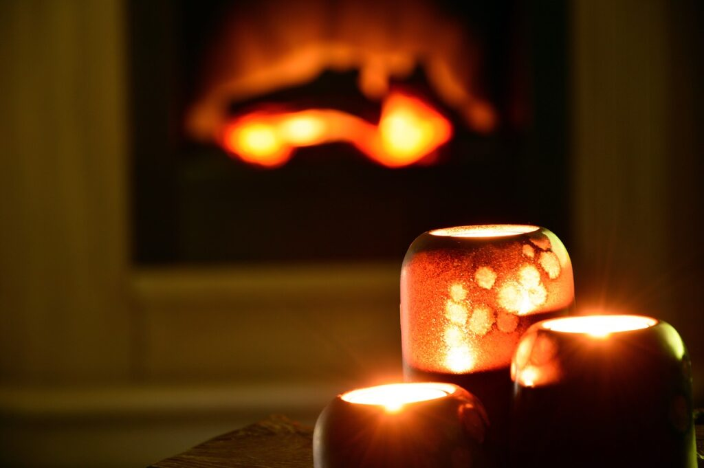 Scented candles are romantic give and can be appreciated by men or women.